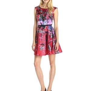 Julian Taylor Women's Cap Sleeve Floral Fit and Fl